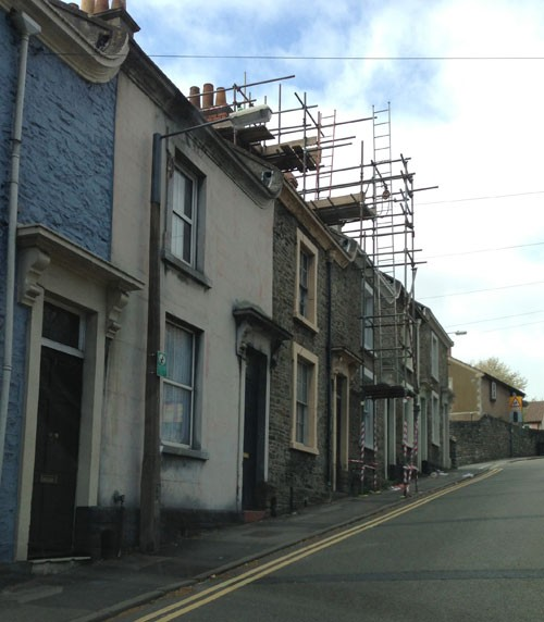 terraced house scaffold