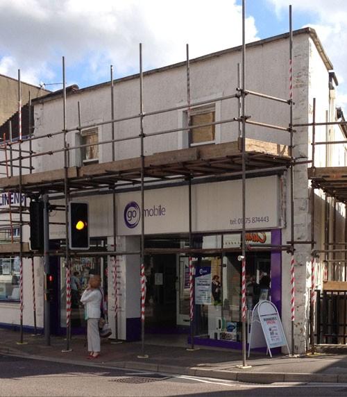 shop-front-scaffolding